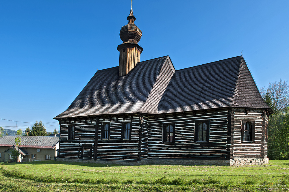 Dřevěný kostelík sv. Michaela v Maršíkově